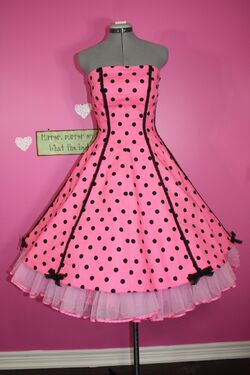 Simplicity 1189 - Polka Dot Candy Dress