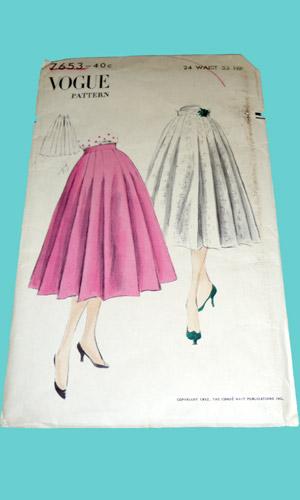 Vogue 7653 Vintage 1950s circle skirt pattern image