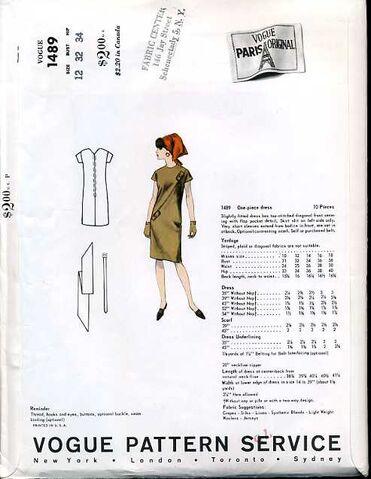 File:Vogue1489bk.jpg