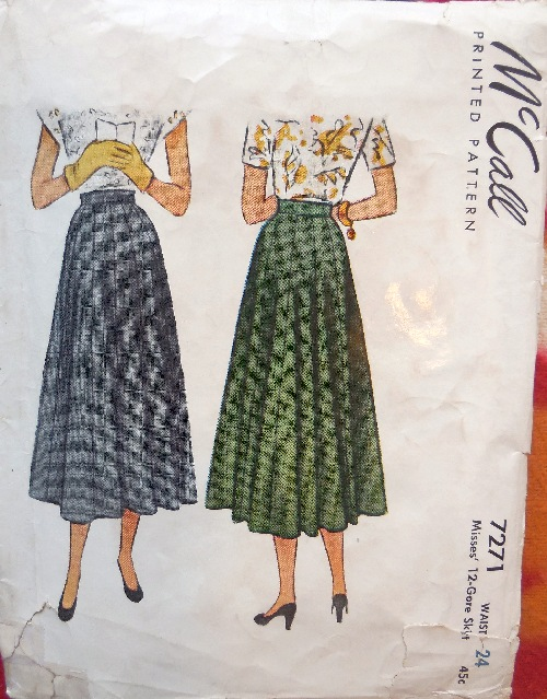 Mccall 40s skirts 7271b smaller