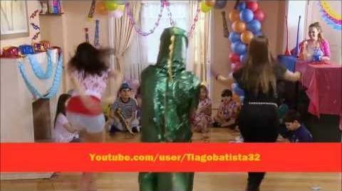 """Violetta UK - Camila, Francesca and Maxi sing """"Always Dancing"""" (Algo Suena en Mí) With Lyrics"""