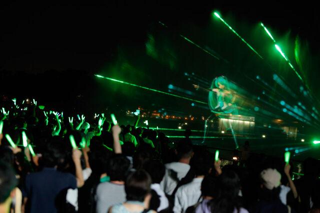 File:Natsu no Owari no 39 Matsuri - nighttime04.jpg