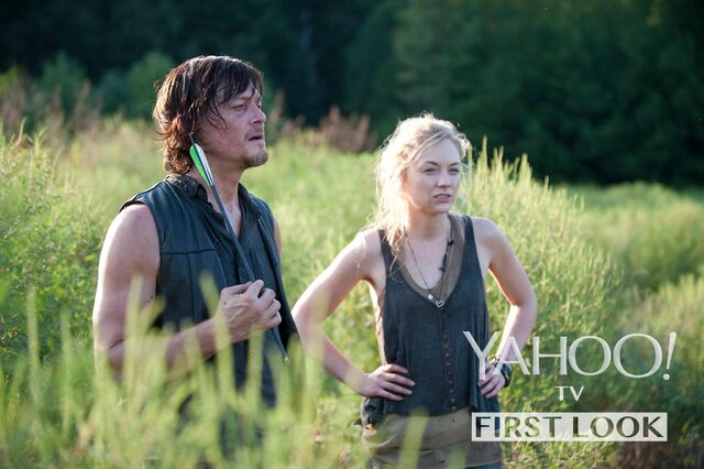 File:Daryl and Beth promo pic from yahoo in the field.JPG
