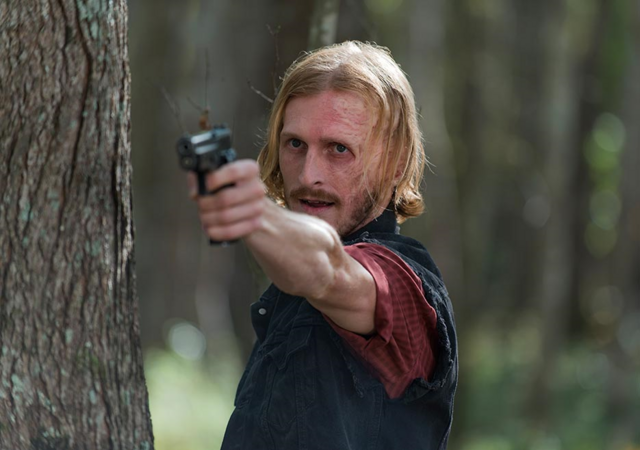File:AMC 615 Dwight Aiming.png