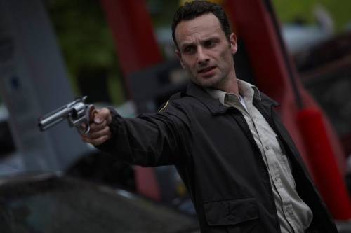 File:Rick Grimes With His Colt Python, 1.jpg