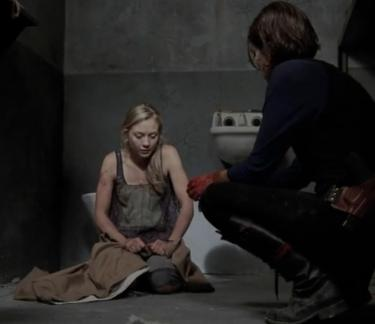 File:Beth and Maggie talking about Hershel.JPG