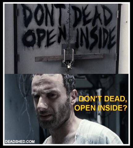 File:The Walking Dead Season 1 Meme.jpg