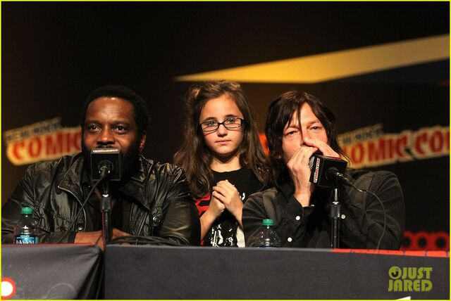 File:Norman-reedus-andrew-lincoln-walking-dead-at-nycc-20.jpg