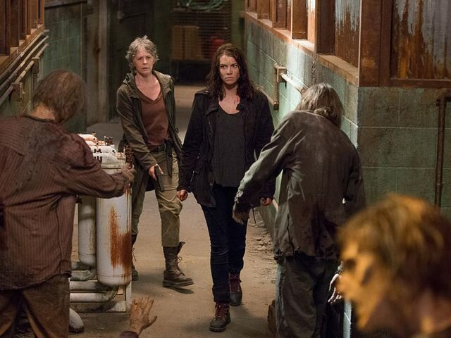 File:The-walking-dead-episode-613-carol-mcbride-maggie-cohan-post-800x600.jpg