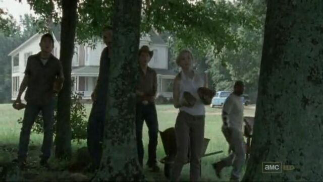 File:Beth looking at Rick and company arrival.JPG