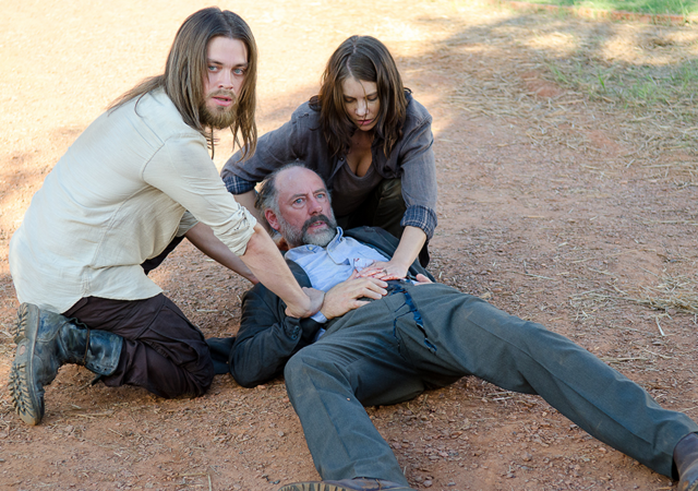 File:AMC 611 Gregory Wounded.png
