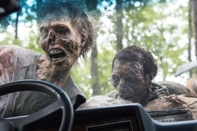 File:AMC 509 Walkers Attack Car.png