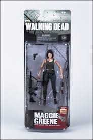File:Maggie in a box.jpeg