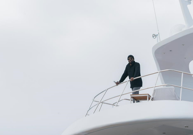 File:FTWD 201 Strand Yacht Deck.png