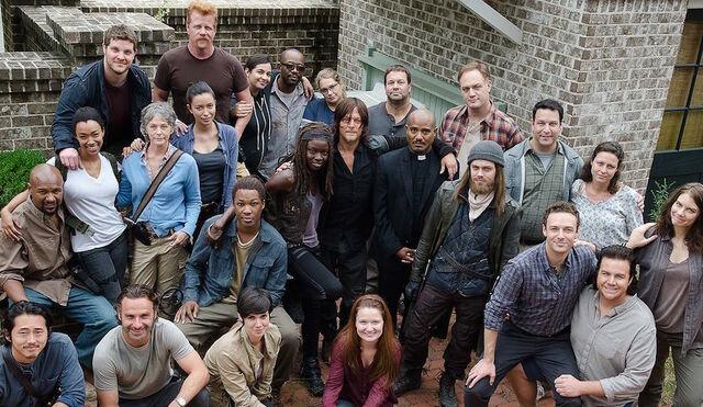 File:612 Walking Dead Behind the Scenes.jpg