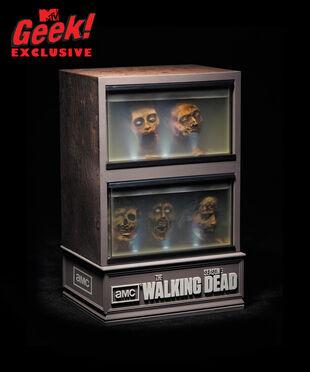 Walkingdead season3 dvd mtvgeek11