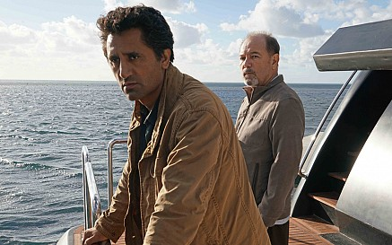 File:Cliff-Curtis-and-Ruben-Blades-in-Fear-the-Walking-Dead-Season-2.jpg