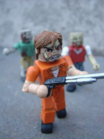 File:Walking-Dead-Mini-Amazon-01.jpg