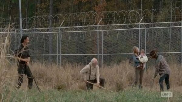 Rick Hershel Beth Judith Carl on the prison field
