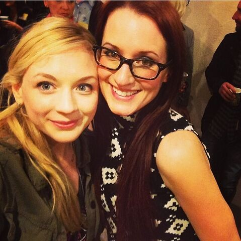 File:Emily Kinney at Ingrid show LA with a hipster woman.jpg