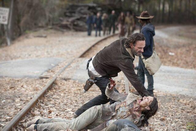 File:Walking-Dead-S4-Finale-031.jpg