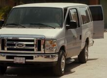 Cauture, FTWD 2010 Ford E-350