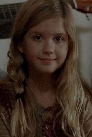 File:The-walking-dead-season-5-time-was-up-for-spoilers-mika-lizzie-png-258456.jpg