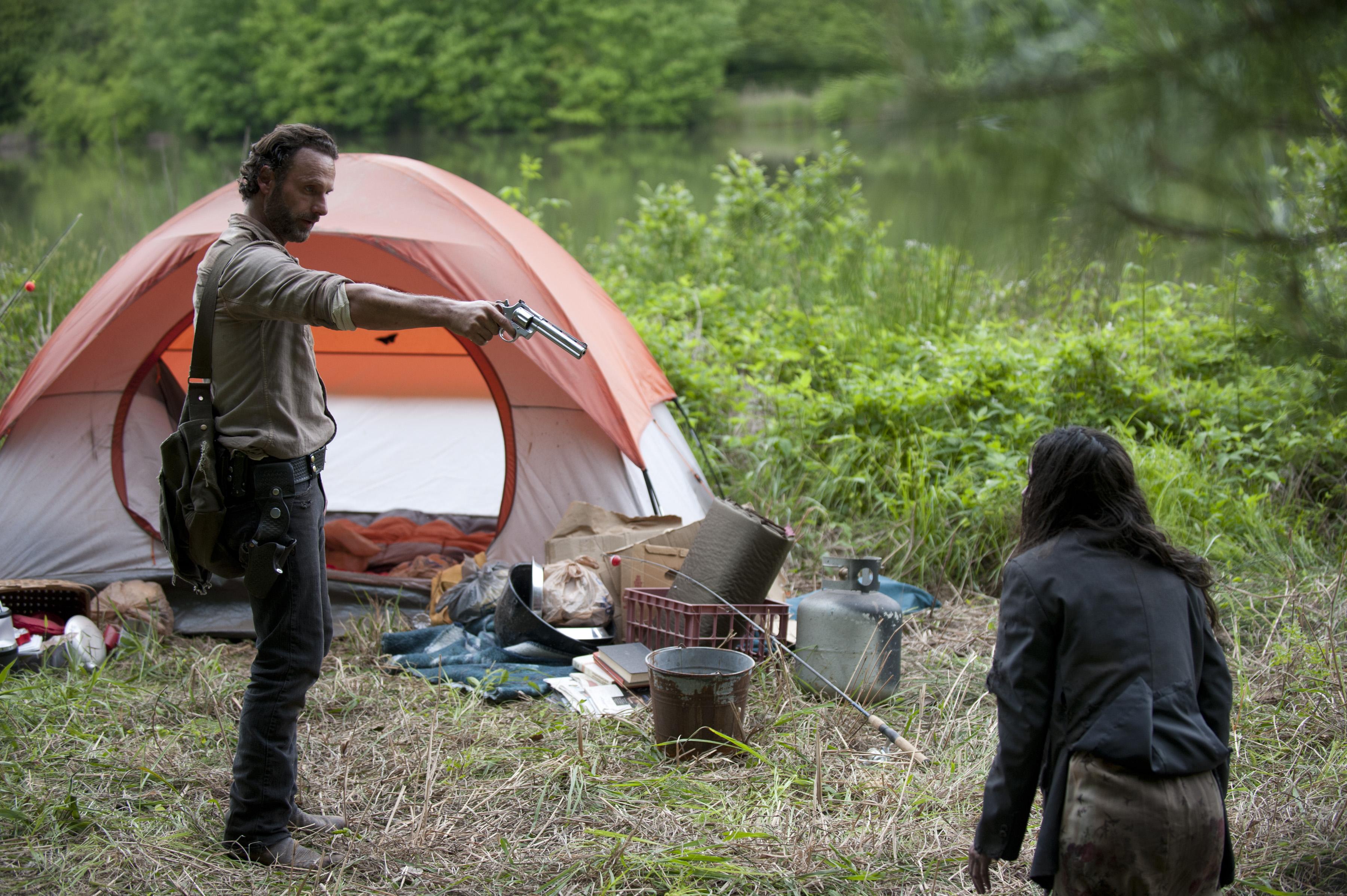 File:Premiere 4 season Rick and Clara.jpg