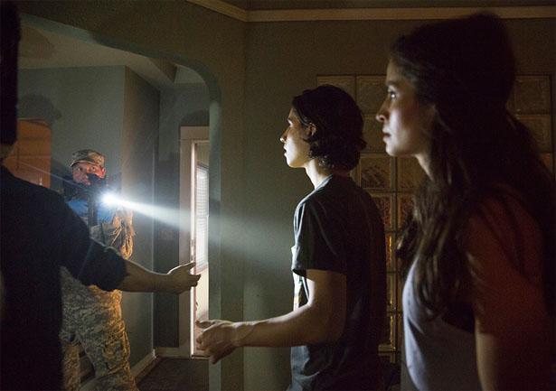 File:Fear-The-Walking-Dead-104-picture-2.jpg