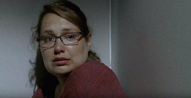 File:Denise talks to the Alpha Wolf 6x08.png