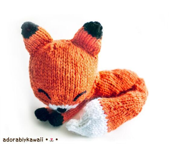 File:Cute Knitted Red Velvet Fox.jpg