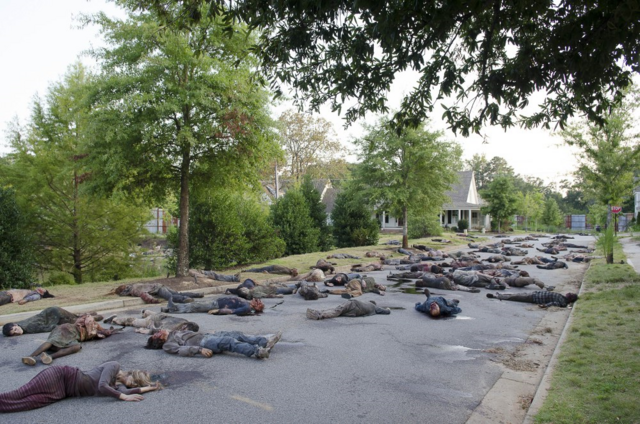 File:AMC 609 Mass of Dead Walkers.png