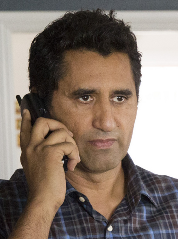 File:FTWD S1 Travis Phone.png
