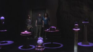 Warehouse 13 S01E10-22-04-45-