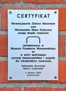 Certyfikat stojak na rowery Muzeum Powstania Warszawskiego