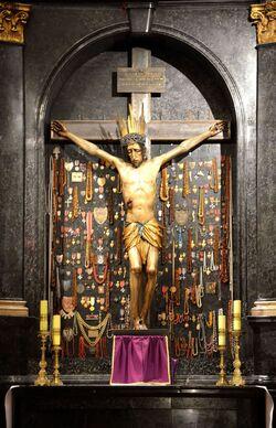 Krucyfiks Jerzego Baryczki Katedra św. Jana.JPG