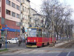 Plac Szembeka (przystanek, tramwaj 47).JPG