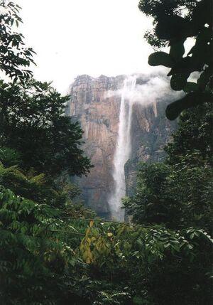 Wasserfall von Barcetan.jpg
