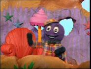 PuppetHenryinMurray'sShirt