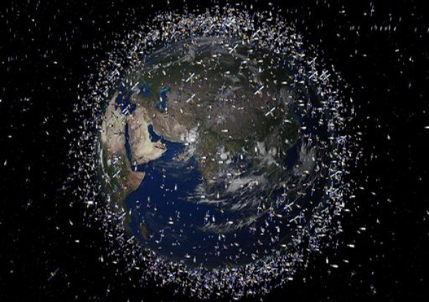 File:SpaceJunk.jpg
