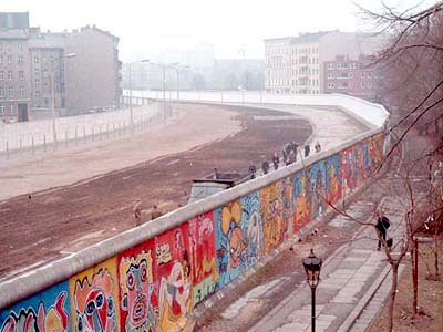 File:Berlinermauer.jpeg