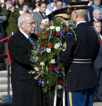 File:DCheneyVeteransDay2007.jpg
