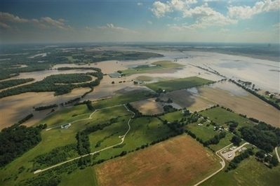 File:IndianaFlooding06-08-2008.jpg