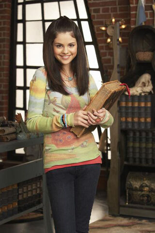 File:Wizards-Waverly-Place-tv-03.jpg