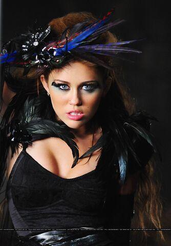 File:Miley Cyrus.jpg