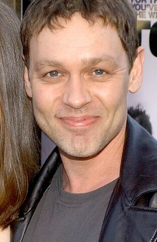 File:Doug Hutchison.jpg