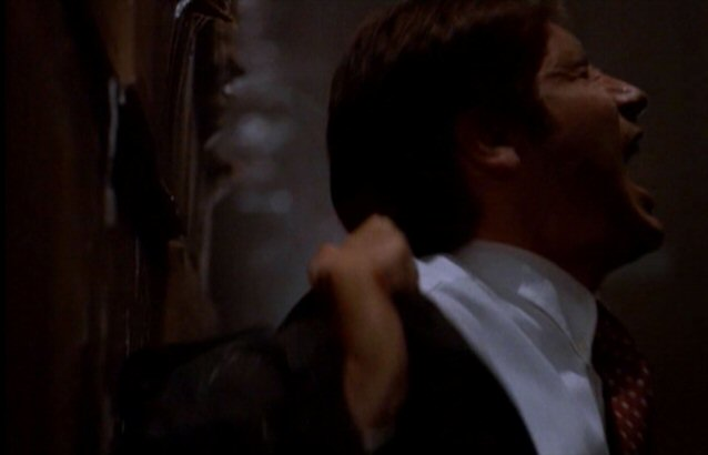 File:Fox Mulder exposed to ergotamine-histomine gas.jpg