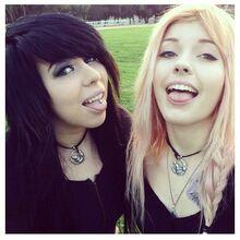 Leda&Kat