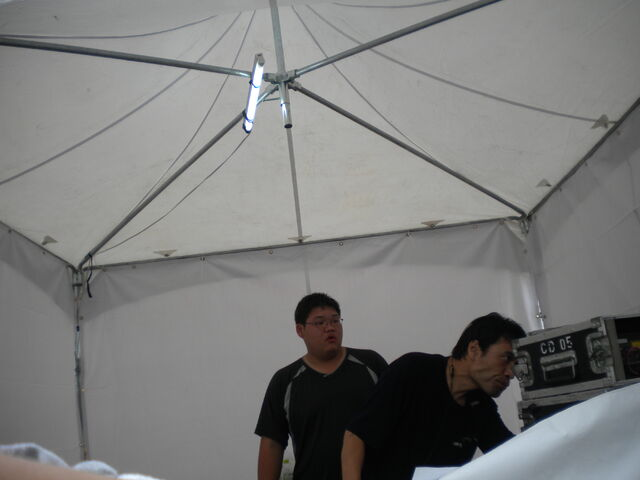 檔案:To Hebe 簽唱會音控室2.JPG