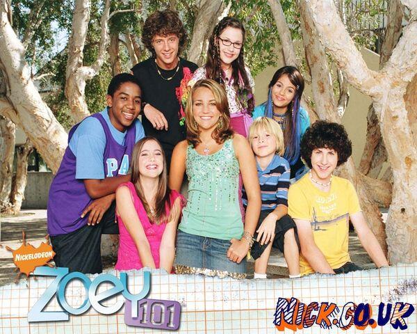 File:Zoey 101 Season 2.jpg